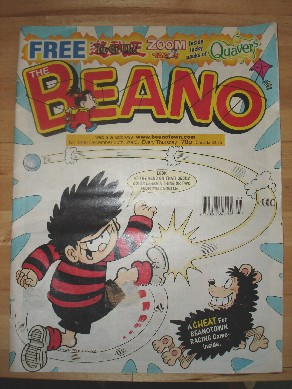The Beano, Issue 3205, December 20th, 2003. Very good condition, but missing free gift off front. Price: £1.50, not including p&p, which is £0.75 for UK first class postage. Please contact us for further postage options